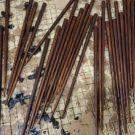 岩多箸店では、塗箸だけでなく拭きうるしの箸も作っています