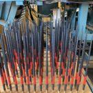 お箸にうるしでラインを入れるのは機械の仕事です