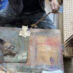 岩多箸店では、錆うるしを使ってお箸に加飾を施しています